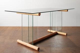 ガラステーブル.jpg
